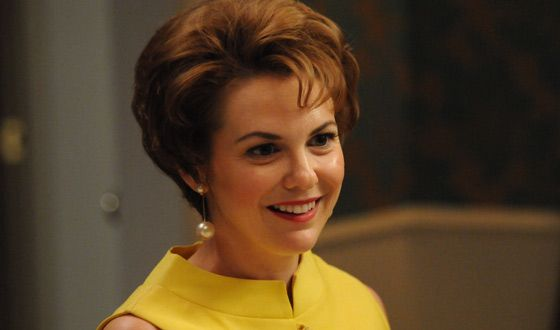 Larisa Oleynik In Mad Men As Cynthia Cosgrove